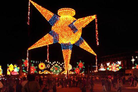 iluminación de piñatas..